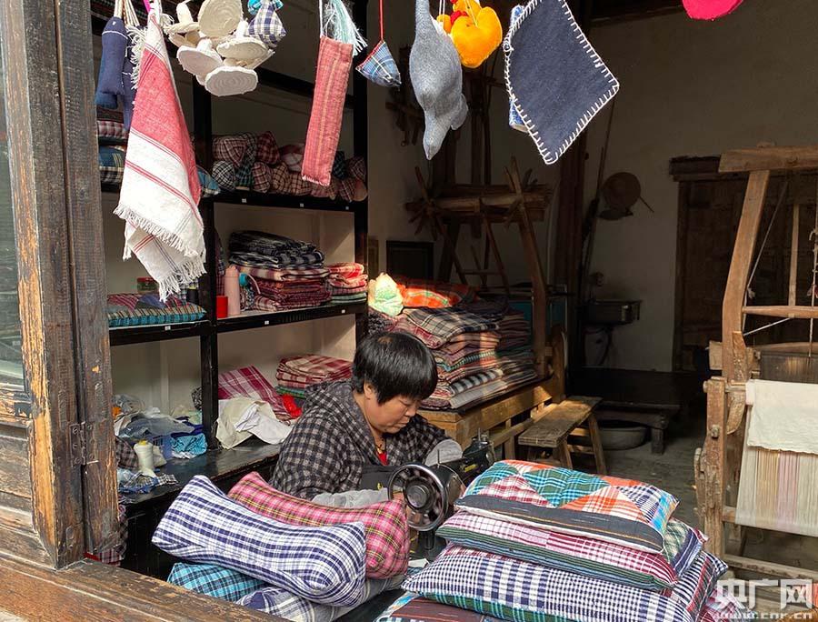 【文化扶贫在行动:陕西篇】三种模式助力精准扶贫 袁家村带贫困户共同富裕